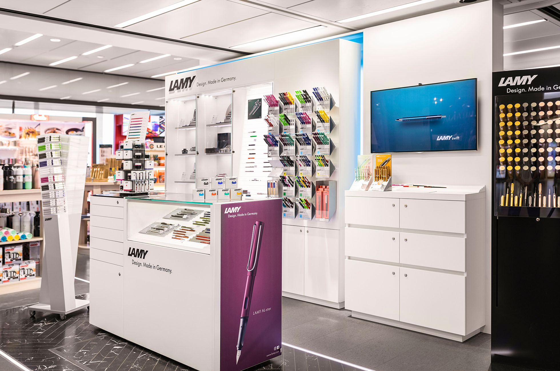 Lamy Airport Wien Retail Design